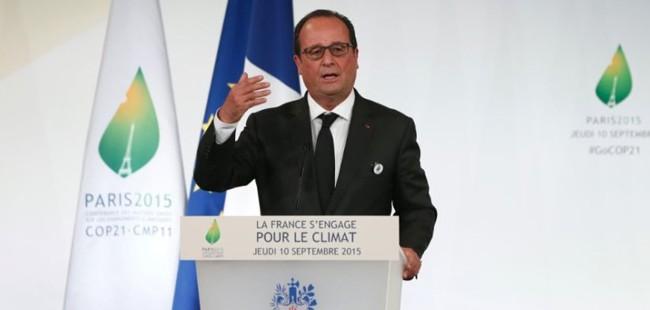 Франција сепак нема да им го одзема државјанството на осудените терористи