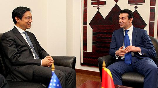 Министерот Попоски се сретна со Хојт Ји