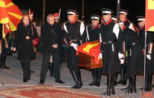 Донесено телото на скопјанката која загина на Брегот на Слоновата Коска