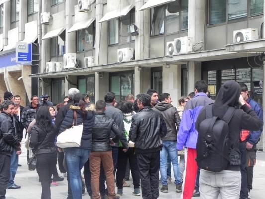 Отпуштените хигиеничари протестираат пред Министерството за труд и социјална политика, фото: Нетпрес