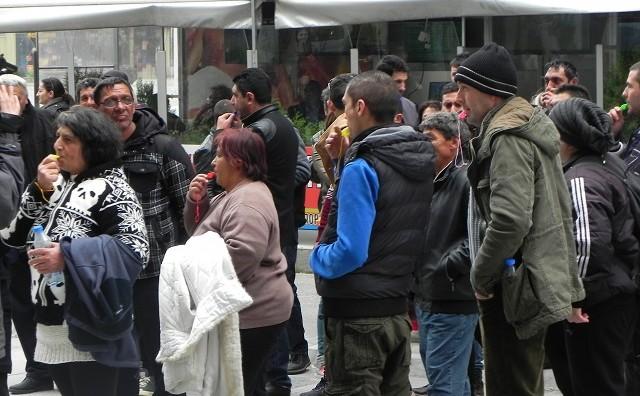 Отпуштените од бегалскиот камп во Гевгелија протестираа против Ременски