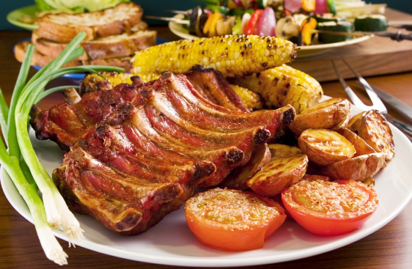 Рецепт: Подгответе вкусни и сочни маринирани ребра