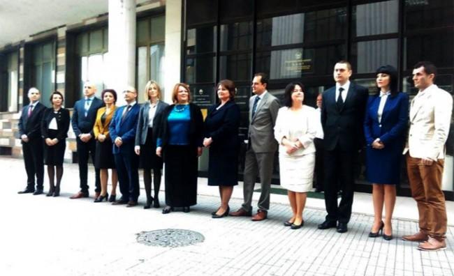 """Курир"": Срам за правосудниот систем"