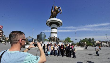 Речиси половина милион туристи лани ја посетиле Македонија