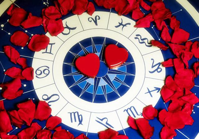 Љубовен хороскоп за месец април – проверете што ве очекува