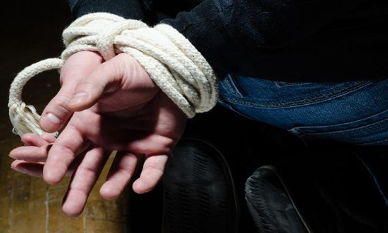Кривична за гостиварци: Врзале со јаже и малтретирале малолетници