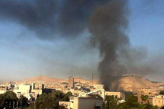 Најмалку 33 убиени во воздушен напад крај Дамаск, вџашеност во Стејт демартментот
