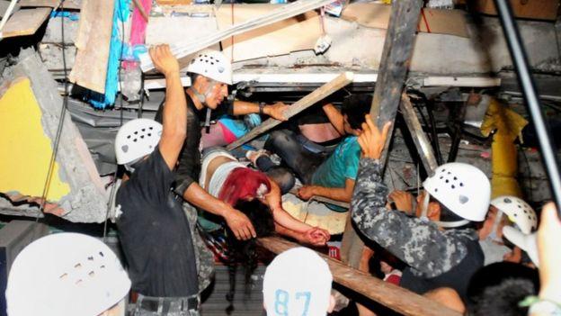 Бројот на жртви од земјотресот во Еквадор достигна до 272