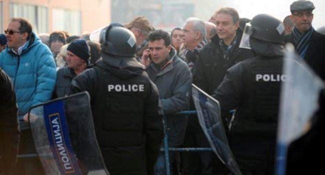 Заев се гордее со Црвенковски, а тие и во насилството беа исти
