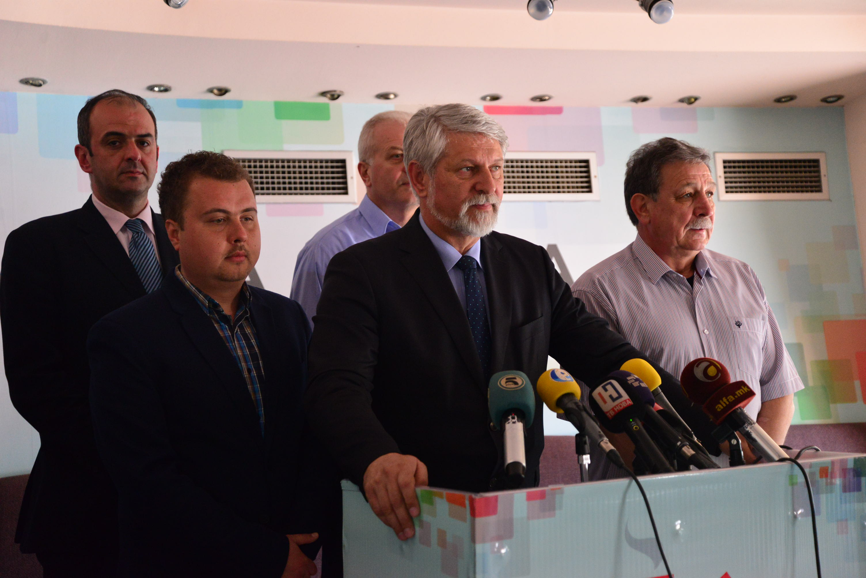Јакимовски: Дали Спасовски и СДСМ преговараа со криминалци?
