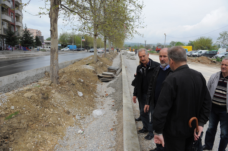 Трајановски и Митровски во увид во градежни работи во Ѓорче