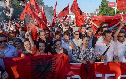 albanski-protest-besa-1-520x326