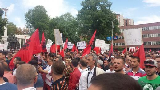 albanski-protest-besa-5-520x326