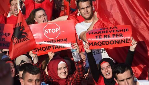 albanski-protest-besa-6-520x326