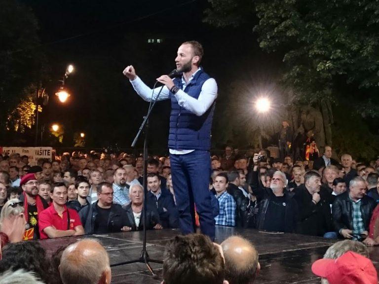 Николовски: Нема да дозволиме некој да ја руши Македонија и тука сме да ја браниме