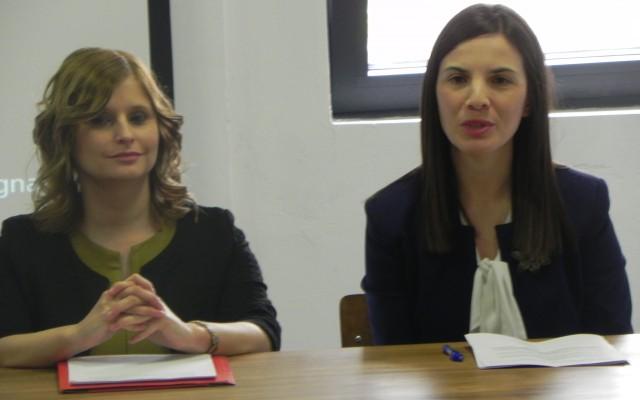 Државна секретарка во Министерството за локална самоуправа, Билјана Цветановска Гугоска (лево) и директорката на ФИТР Јасмина Поповска