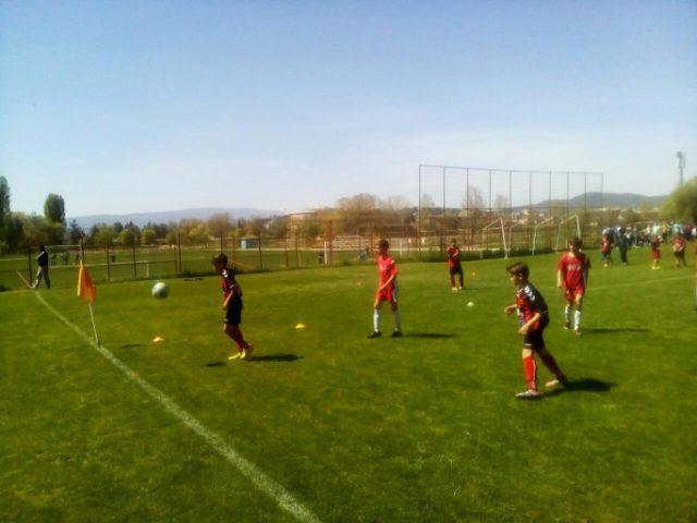 Младите таленти од јуниор лигата блеснаа крај охридското крајбрежје