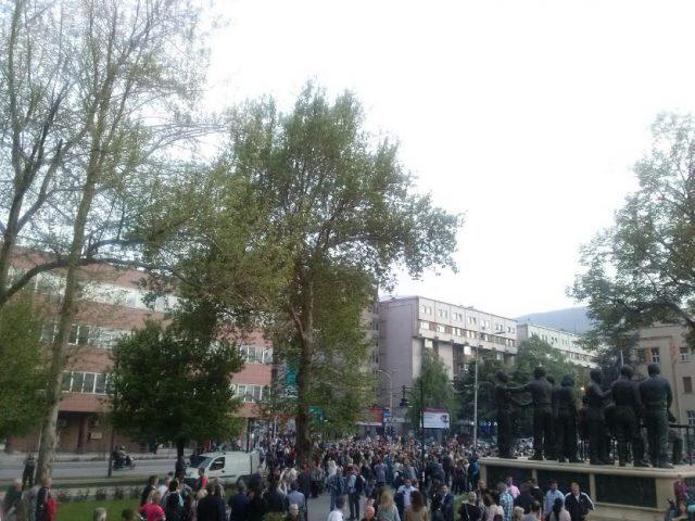gdom-sobranie-protest-3