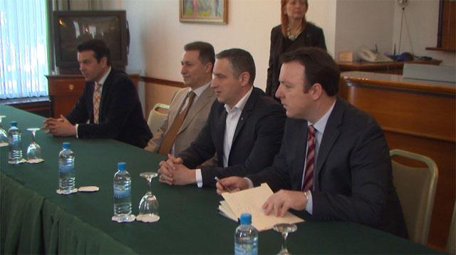 Груевски: Неопходни се избори на 5 јуни за кризата да заврши
