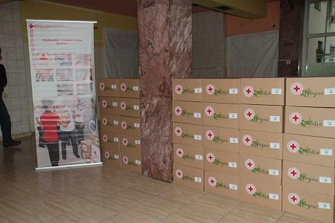 Доделени хуманитарни пакети на социјално загрозени семејства од Охрид