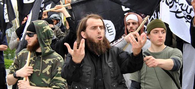 Германија ќе одзема државјанство на борци на ИД