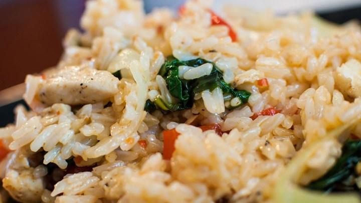 Рецепт: Пилешко и ориз на кинески начин