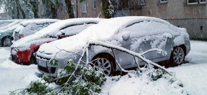 Словенија блокирана од снег