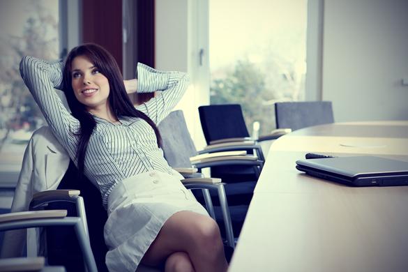 Совети од успешните жени: Како да го засакате работното место?