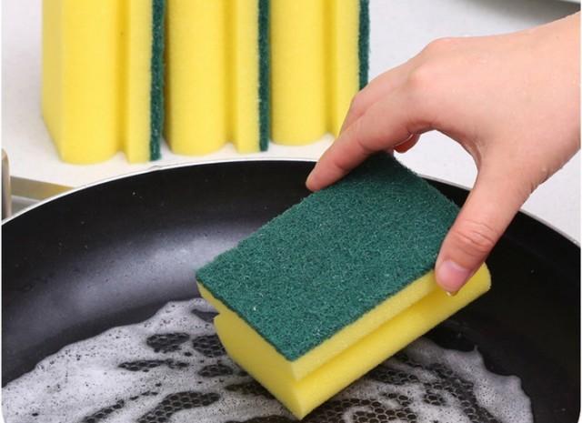 Што се крие во сунѓерот за миење садови