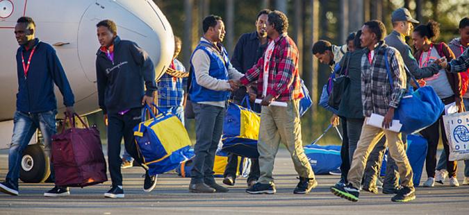 Шведска воведува построги правила за прием на бегалци