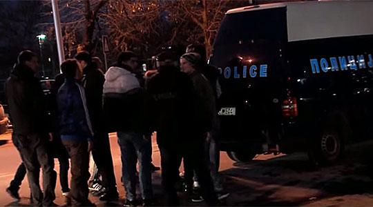 Тепачка меѓу навивачи на Шкендија и Силекс – повредени четворица полицајци