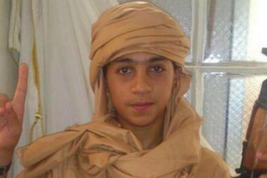 """Младиот брат на терористот Абделхамид Абауд во """"одмазнички"""" пат кон Европа"""