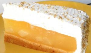 За десерт подгответе торта со крушки