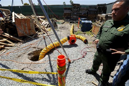 САД: Откриен до сега најдолгиот тунел за криумчарење на дрога