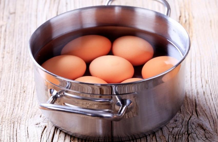 Пет грешки при варењето јајца за Велигден