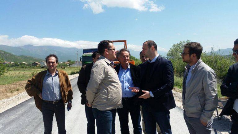 ФОТО: Почна да се асфалтира регионалниот пат Нов Дојран–Николиќ