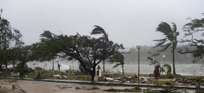 Бангладеш: Најмалку 24 лица го загубија животот во циклон