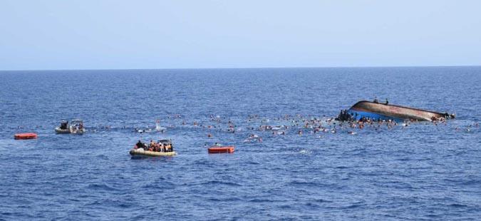 Над 200 мигранти исчезнаа при нов бродолом во Медитеранот
