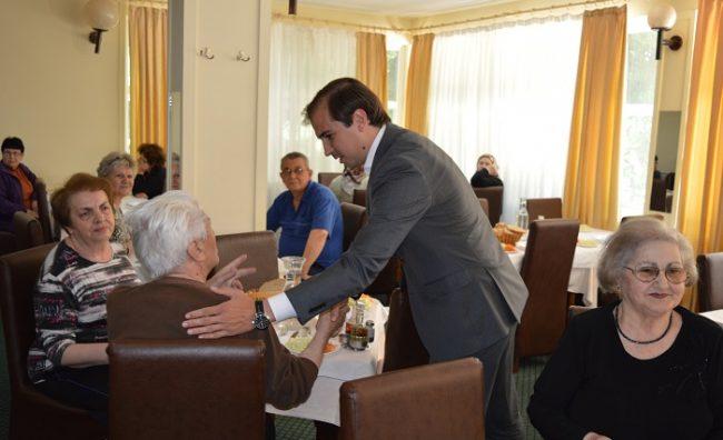 Пензионерите задоволни од владините проекти за нив