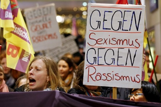Нови сексуални напади врз жени во Германија, уапсени тројца бегалци