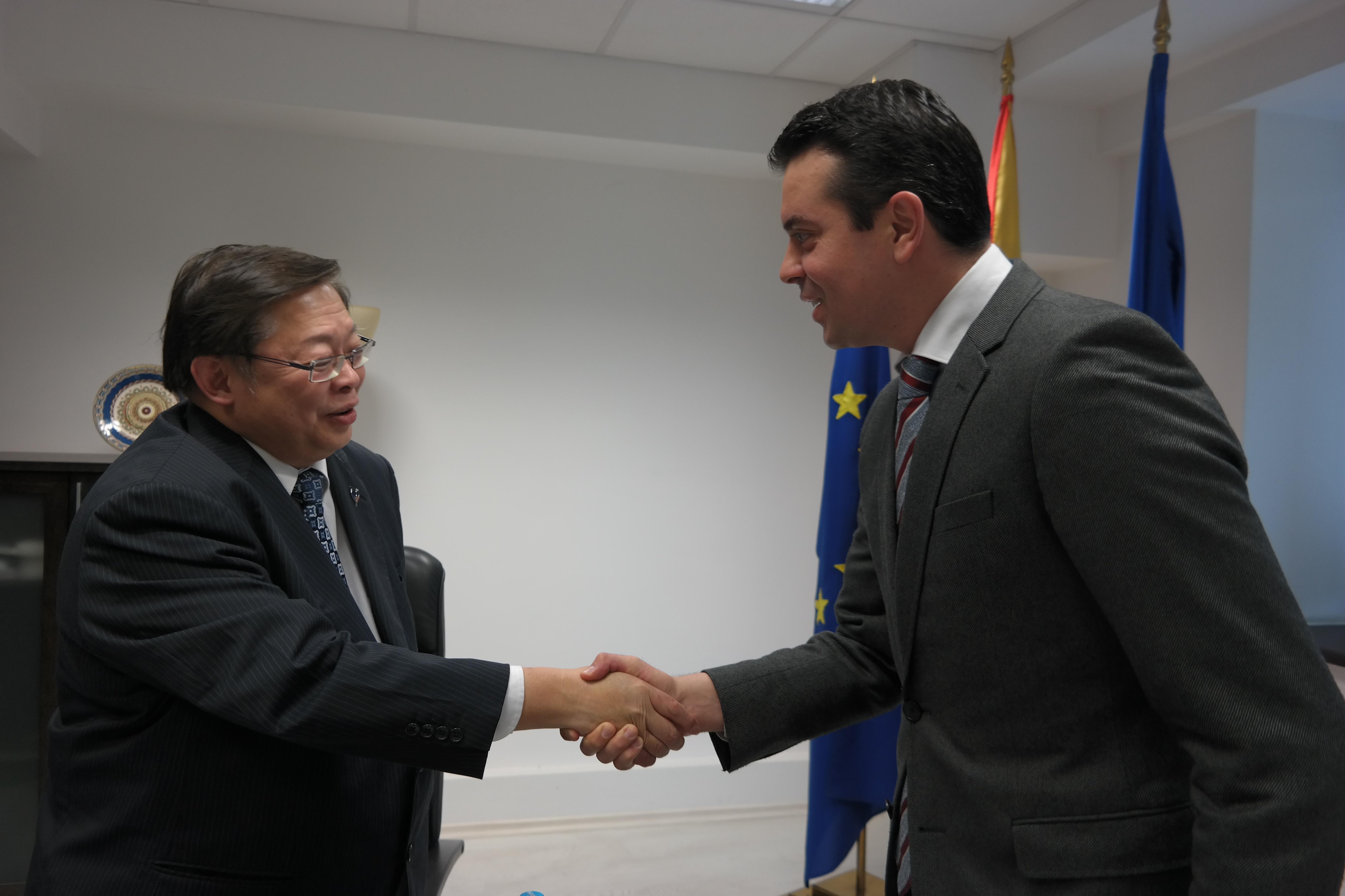 Попоски се сретна со заменикот министер за надворешни работи на Тајланд