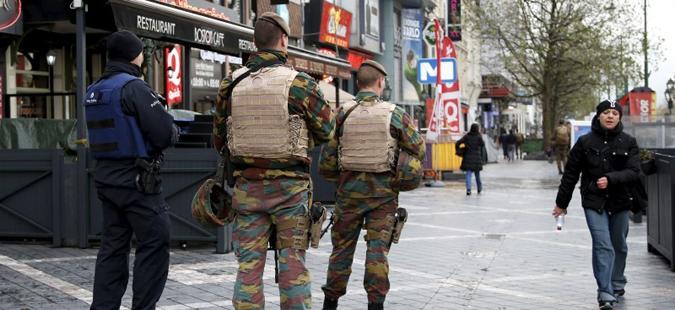 Шеесет белгиски војници осомничени како радикализирани муслимани