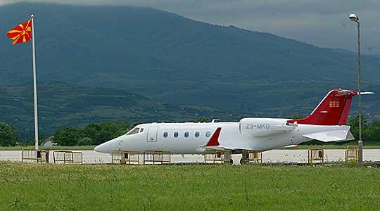 """Поради дефект на """"лирџетот"""" Иванов се враќа од Сараево со комерцијален лет"""