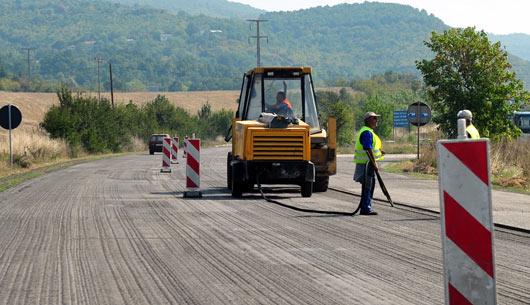 Краткораен прекин на сообраќајот кај Пресека и село Врбјани
