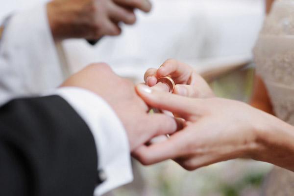 Лани повеќе бракови, а помалку разводи