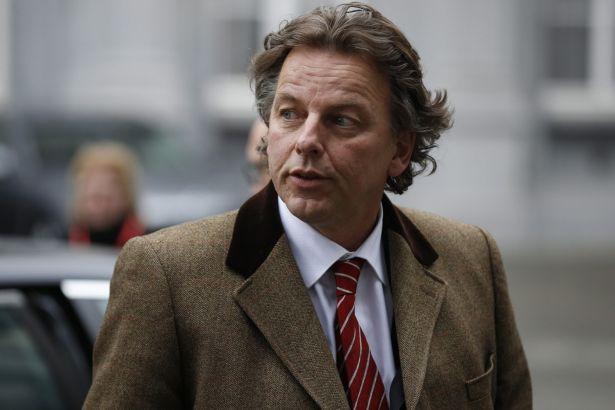 """""""Дневник"""": Холандскиот министер нема објаснување што е тоа што му недостига на избирачкиот список"""