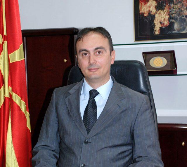 Чулев за Дневник: Македонија е под закана од повратници од Сирија, мигранти и внатрешни групи