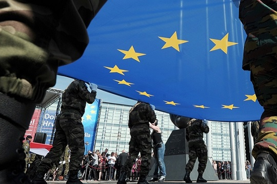 """""""Фајненшл Тајмс"""": Германија поддржува создавање европски пандан на НАТО"""