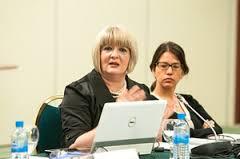 Неда Коруновска со Лидија Димова од СДСМ