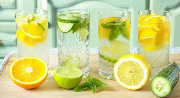 Послаби до лето: Рецепти за пијалаци со кои лесно ќе ослабете